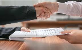 قرارداد با اتباع خارجی